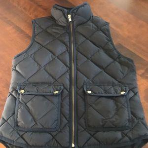 Women's J. Crew quilted vest